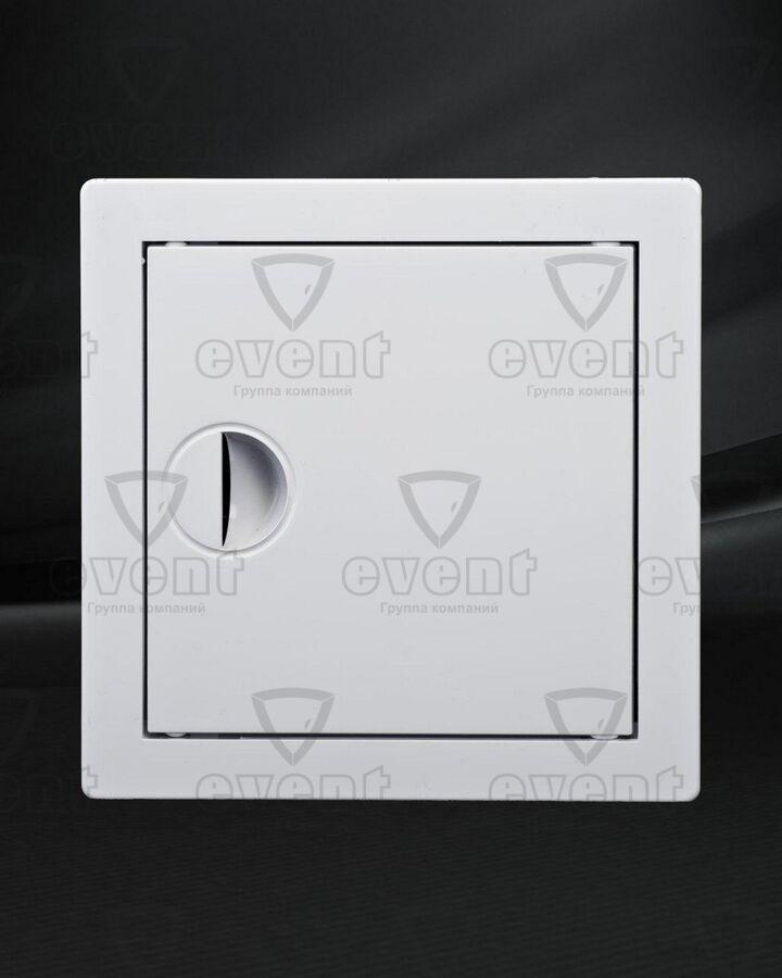 Люк-дверца пластиковый с ручкой Event ADR